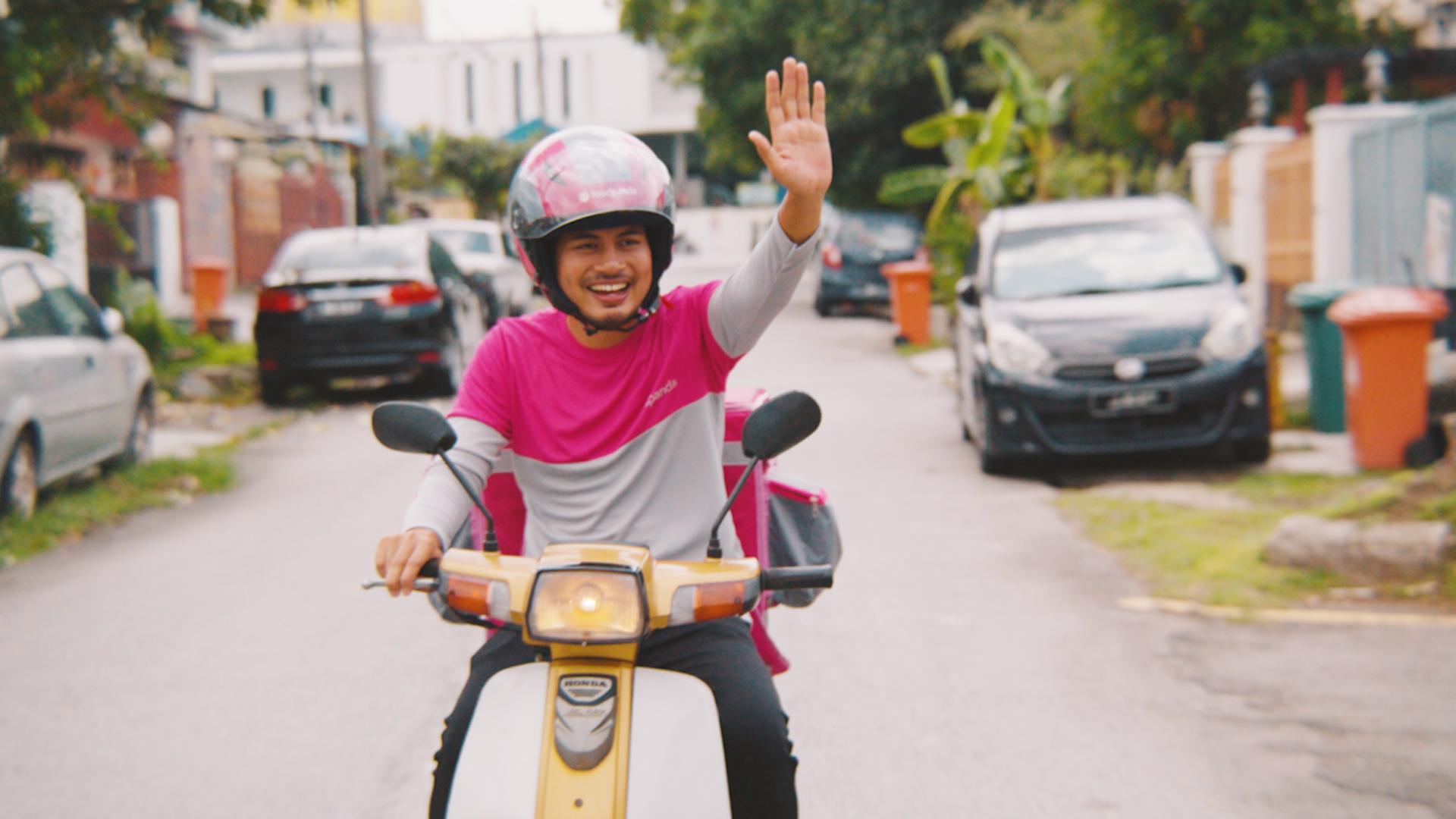 [VIDEO] Syafie Naswip Kongsi Cabaran Menjadi Rider Di Bulan Ramadan Semasa PKP.. RESPECT! 1