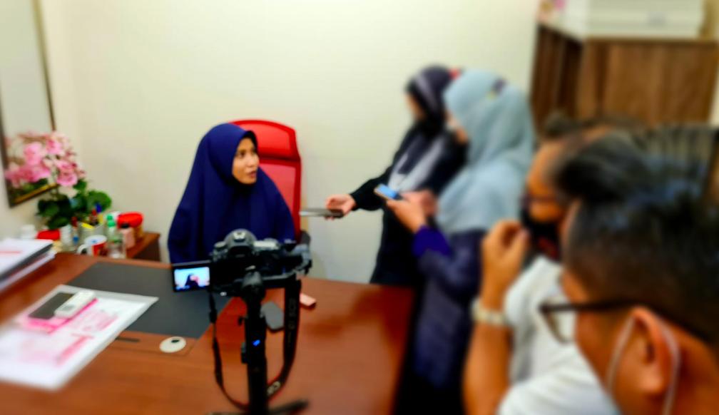 Dituduh 'Penunggang Agama' Isu Selipar Muslim Friendly, Ustazah Asma Harun Tampil Jelas Perkara Sebenar 3