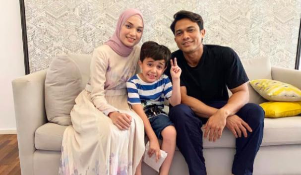 'Respect Sebab Tiada Adegan Pegang Langsung!' – Netizen Puas Hati Tonton Ending Drama 'Sabarlah Duhai Hati'