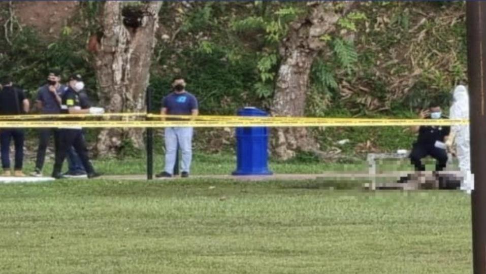 Mayat Wanita Dengan Kesan Terbakar Seluruh Badan Ditemui Di Padang Bola 4