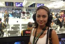 Maya Karin Saksikan F1 Singapore Grand Prix Dengan Pasukan Lotus?