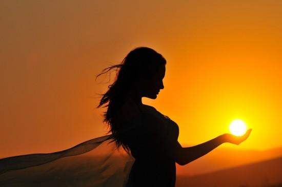 k-beauty-girls-silhouette-cast-away_large-284134633_std