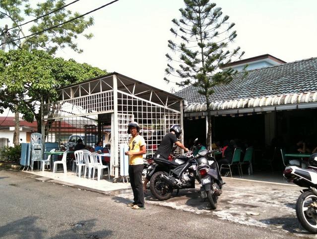 6 Kedai Makan Nasi Ayam Penyet Paling Best Di Sekitar Seksyen 7, Shah Alam10