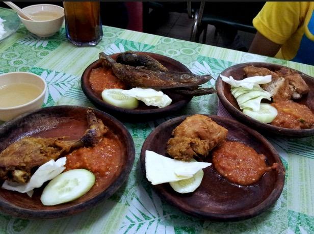 6 Kedai Makan Nasi Ayam Penyet Paling Best Di Sekitar Seksyen 7, Shah Alam11