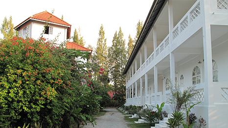villa-ombak-466x262