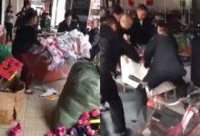 [VIDEO] Di China Ini Yang Dilakukan Penguatkuasa Bila Peniaga Letak Barang Jualan Depan Kedai..Tegas Gila!