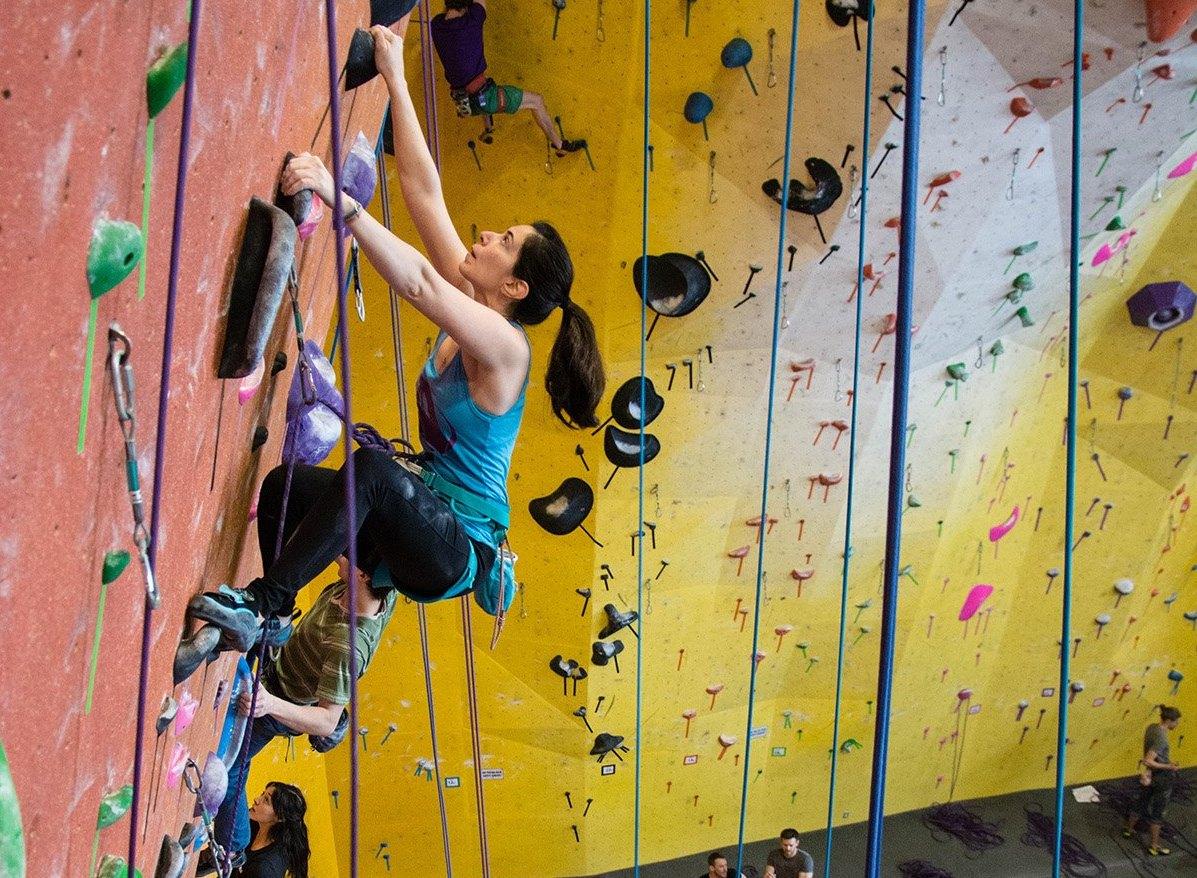rock climbing, hobi baru, cara nak move on