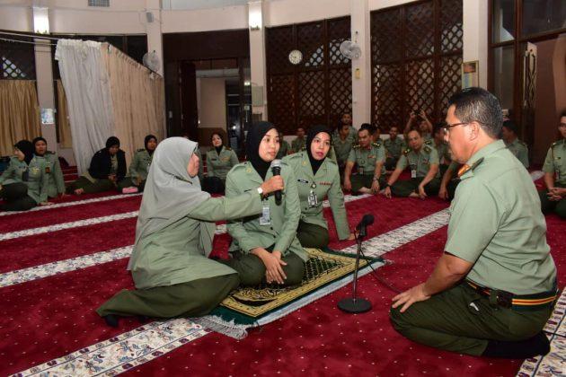 [VIDEO] Mengucap 2 Kalimah Syahadah, Hasrat Wanita Ini Untuk Peluk Islam Tercapai 1